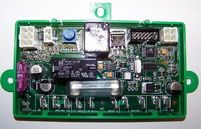 Photo of a Dometic Refrigerator Control Board #E40H