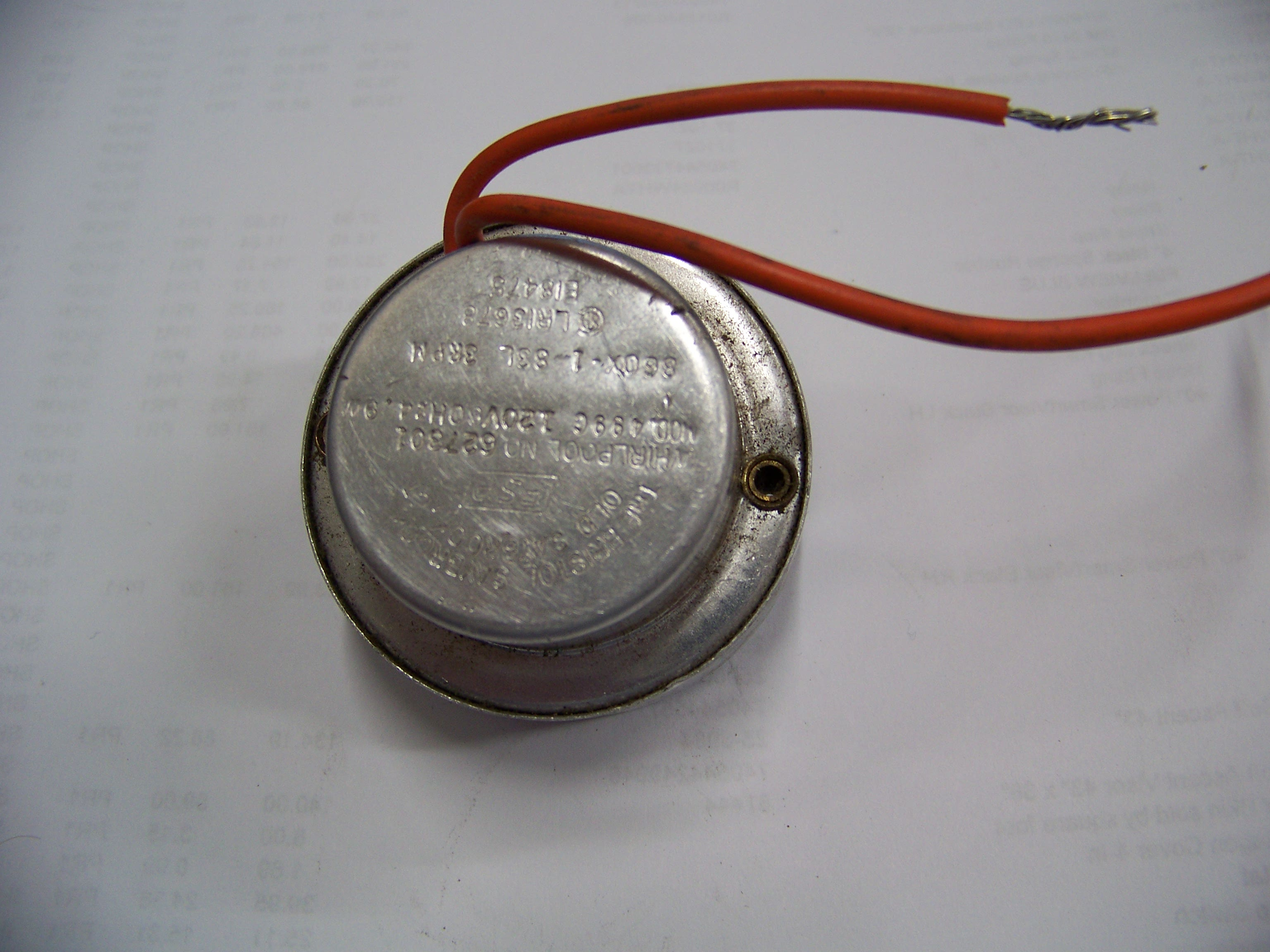 Photo of a Whirlpool Icemaker Motor #627301