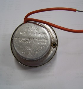 This is a photo of a Whirlpool Icemaker Motor #627301.